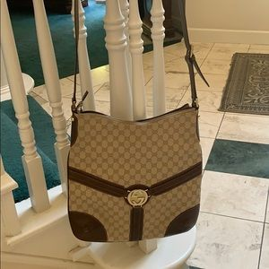 Vintage XL crossbody Gucci purse